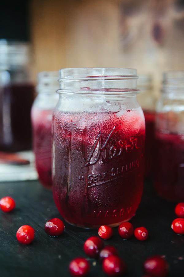 Cranberry Zinger Herbal Iced Tea Drink