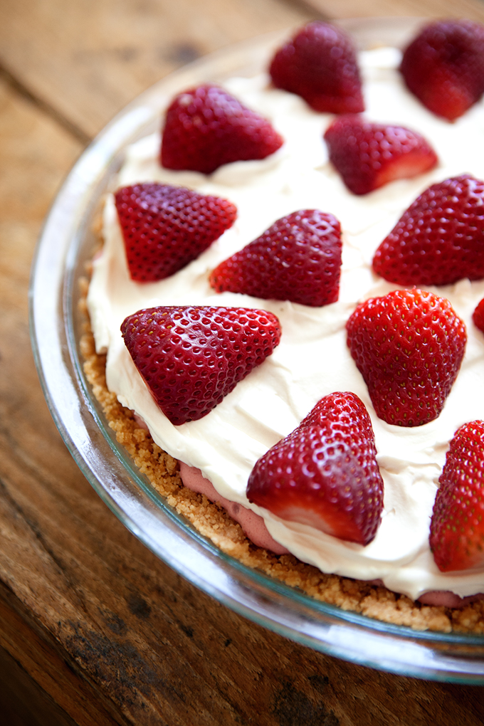 Strawberry Lemonade Ice Cream Pie
