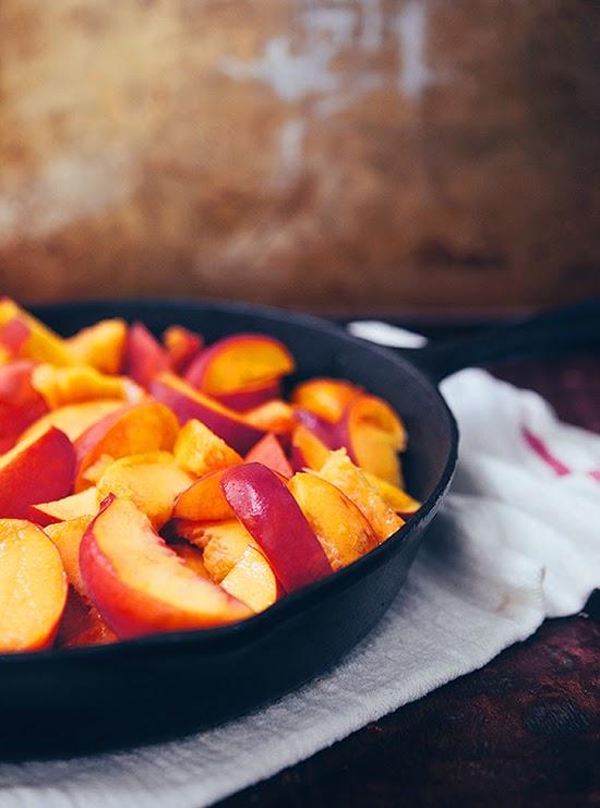 Brown Butter Vanilla Peach and Berry Crisp