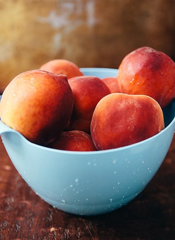 brown butter vanilla peach berry crisp-3