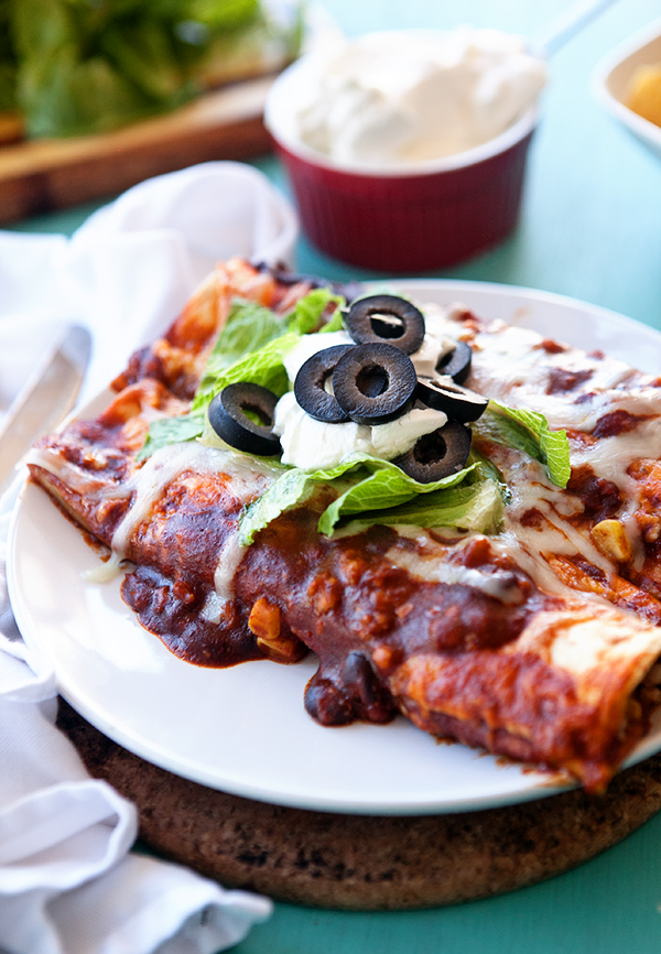 Vegetarian Slow Cooker Enchiladas and Weekend Links