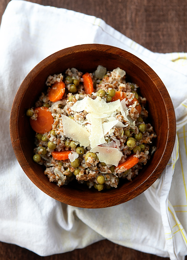 Whole Grain Bulgur Risotto with Peas and Carrots | Some the Wiser