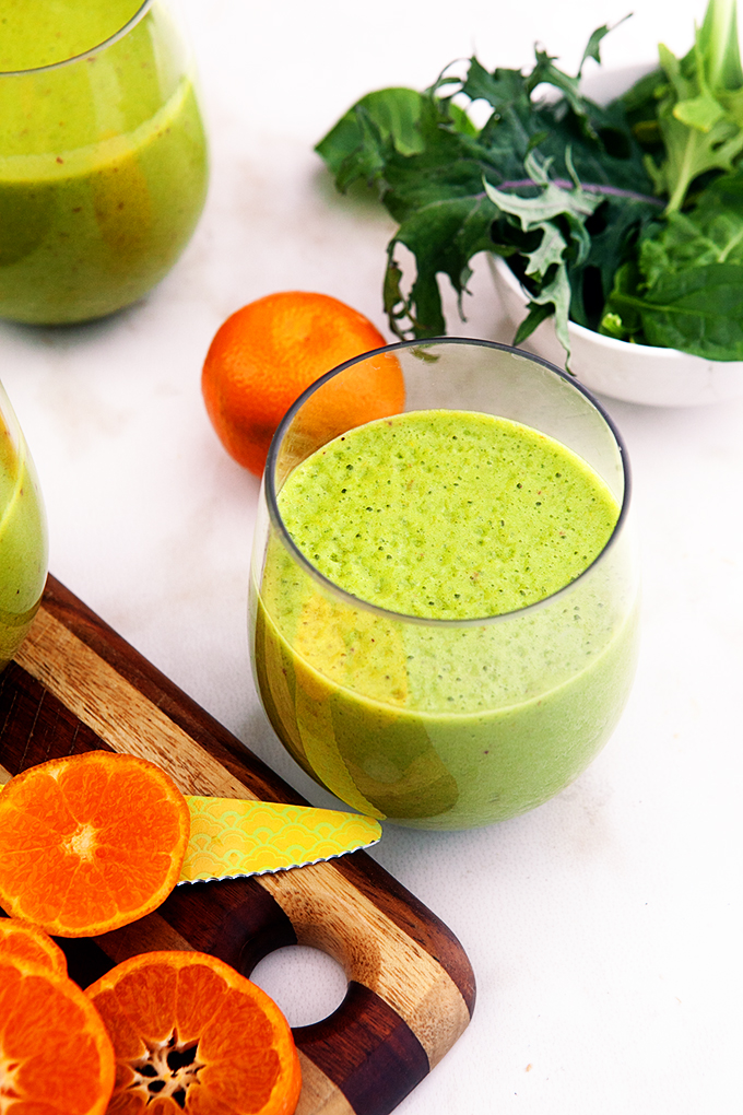 Citrus Energy Boost Smoothie - a healthy, delicious smoothie packed with vitamin c. This is my favorite winter smoothie!
