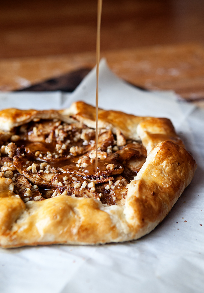 cinnamon-apple-galette-with-salted-maple-glaze-4