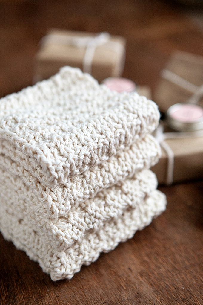 Homemade Gift Ideas: Knit Washcloths, Homemade Soap, and More
