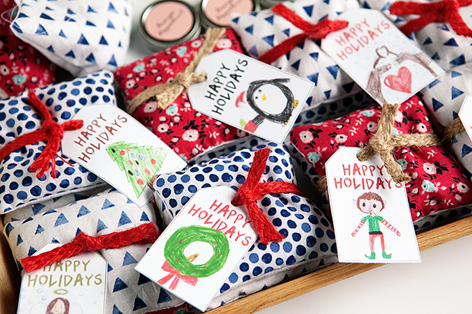 Homemade Gift Ideas: Lavender Sachets, Kid Art Gift Tags, and More