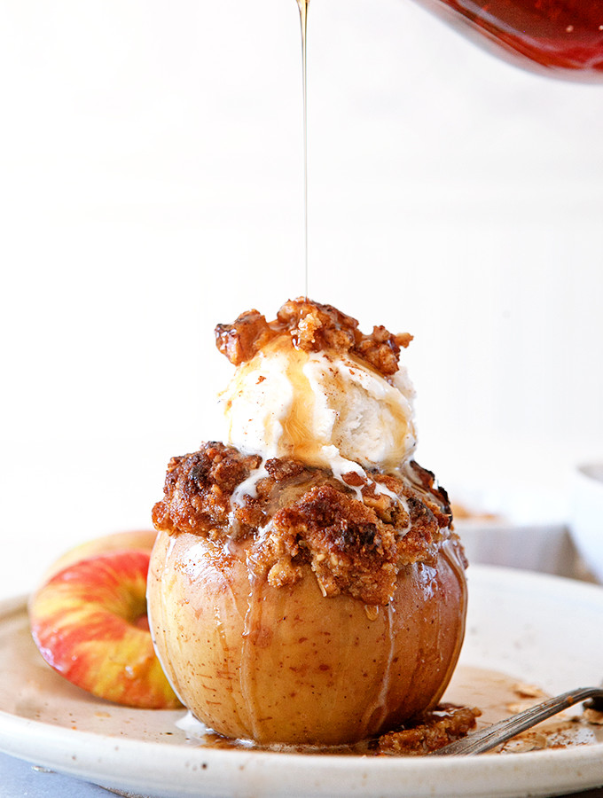 Pumpkin Pie Baked Apples