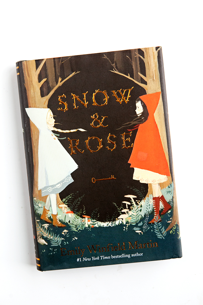 Snow and Rose | Book Review