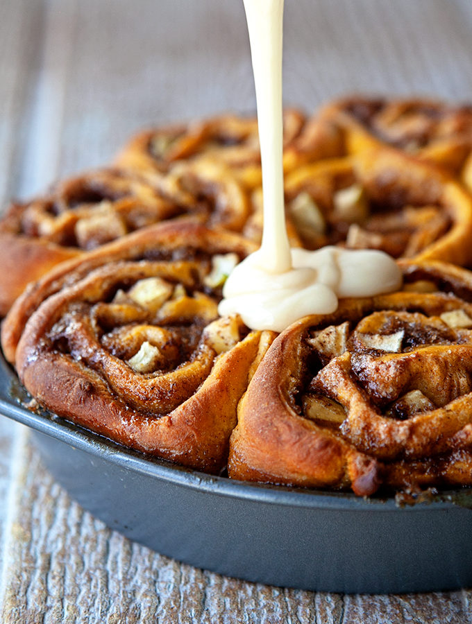 Pumpkin Apple Cinnamon Rolls